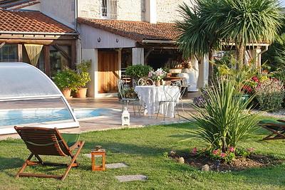 Chambres d'hôtes «La Roseraie»